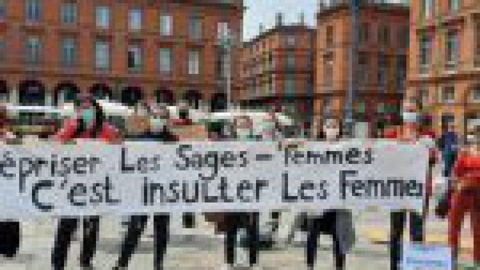 Lot-et-Garonne : des sages-femmes d'Agen-Nérac se mobilisent pour la profession